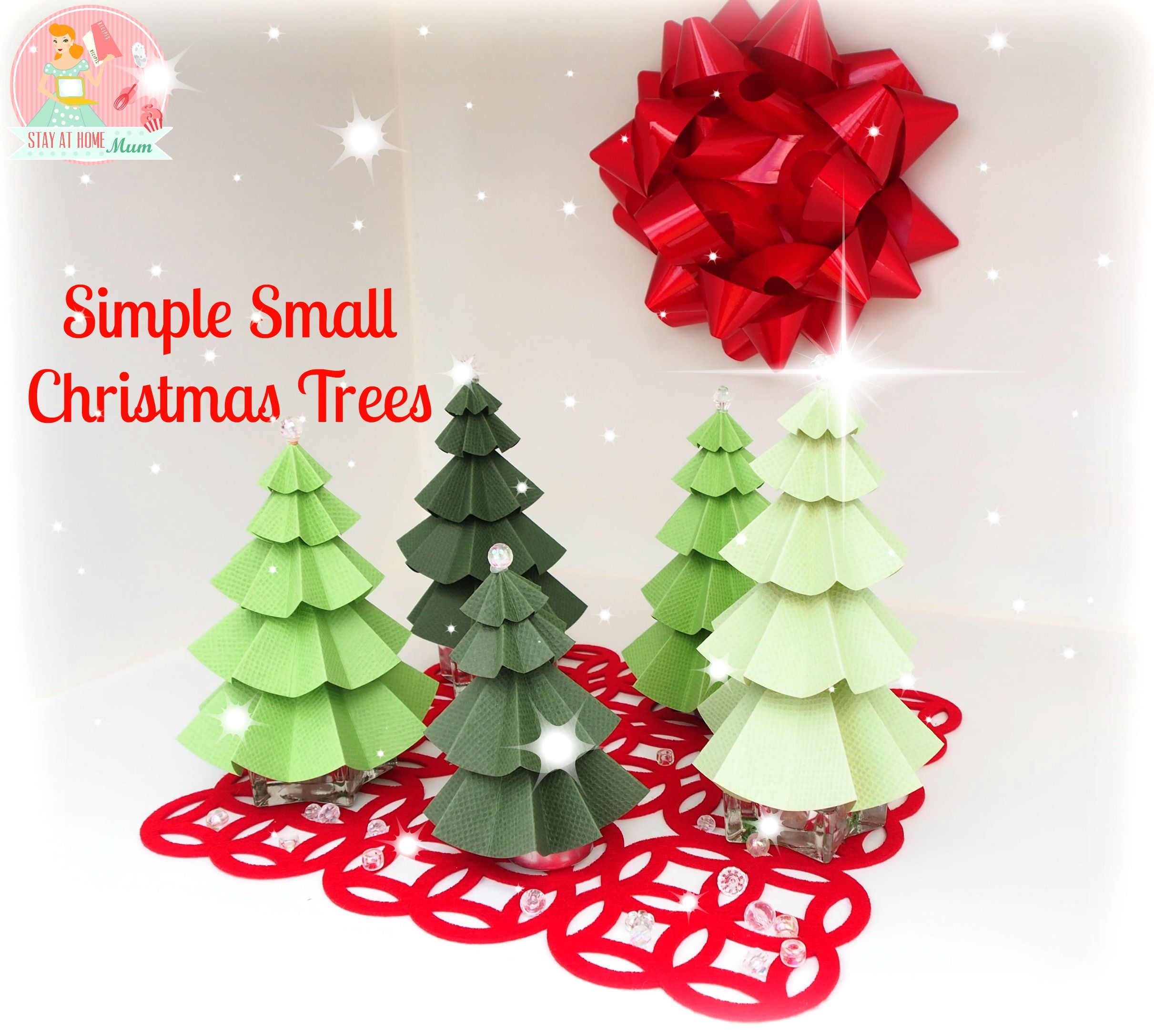 Simple Small Christmas Trees - Stay At Home Mum