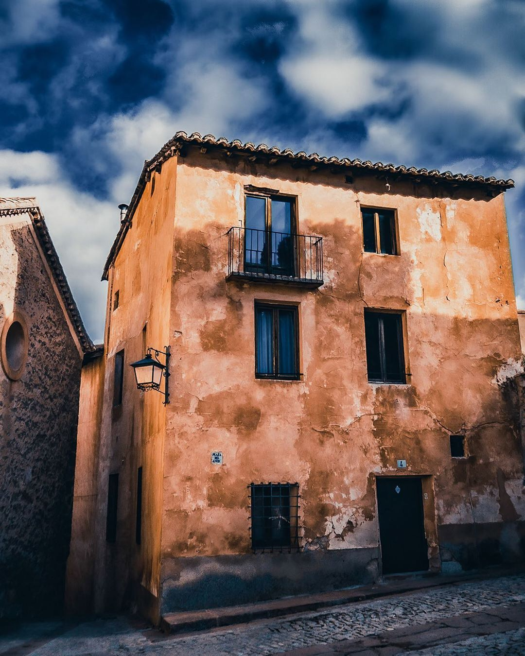 "Damian G on Instagram: ""- . . . . . . . . . . . . . . . #streetsdreamsmag #visualambassadors #heatercentral #teruel #bealpha #shotzdelight  #travelmemories…"""