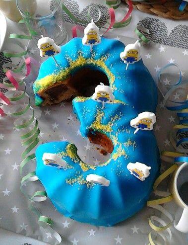 Geburtstagskuchen 3 Gugelhupf Minions