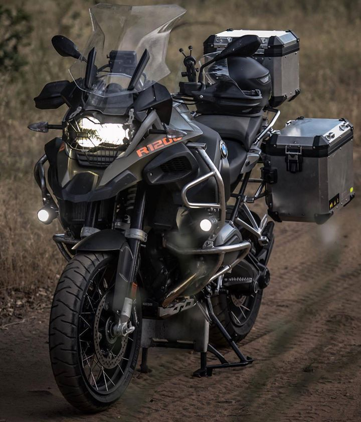 2018 bmw r 1200 gs adventure via cycleworldmag mis motos. Black Bedroom Furniture Sets. Home Design Ideas