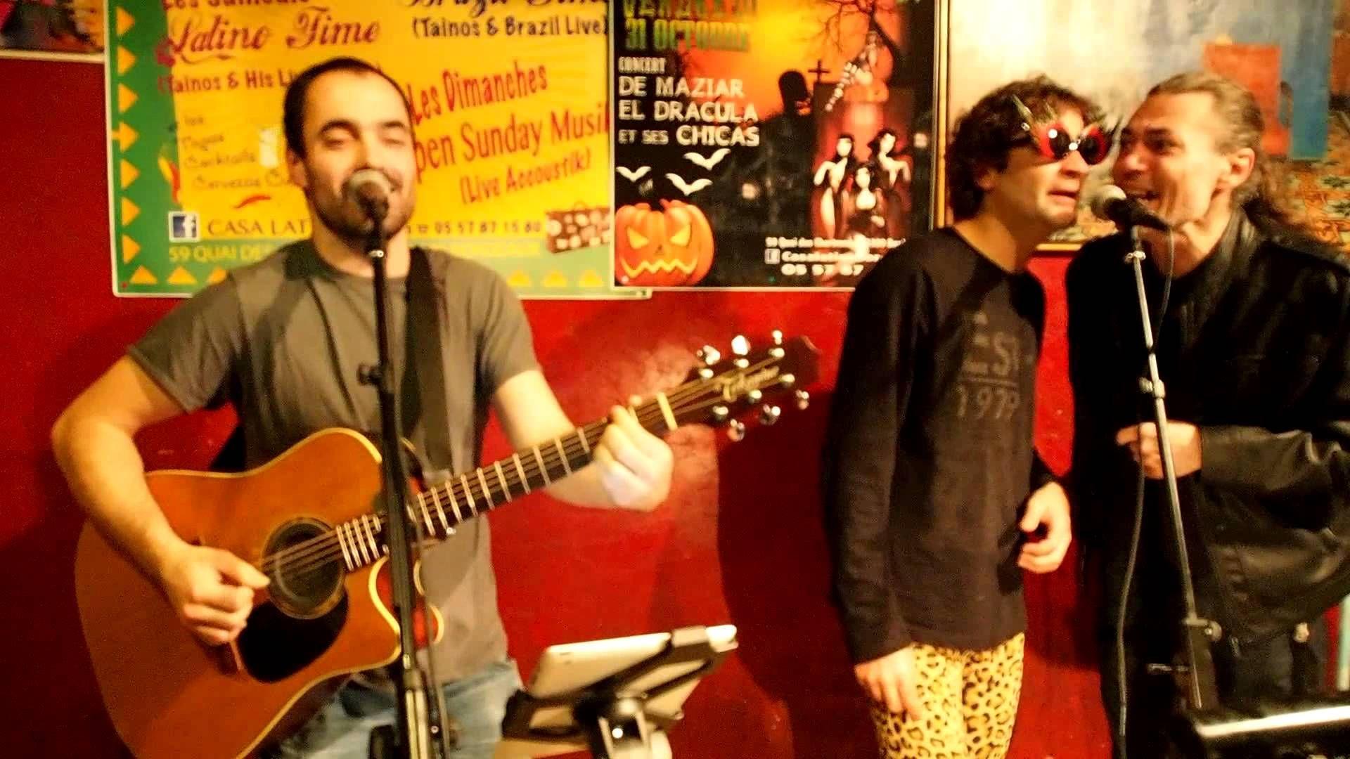 English man in New York Open Sunday Music Casa Latina le