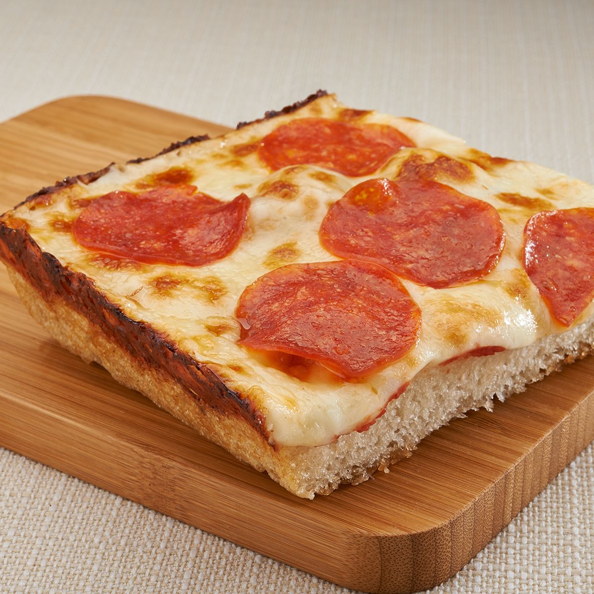 Is There Anything Better Than A Jet S Slice For Lunch Jetspizza Com Yum Pizza Menu Lunch