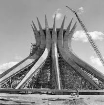 Architecture by Oscar Niemeyer