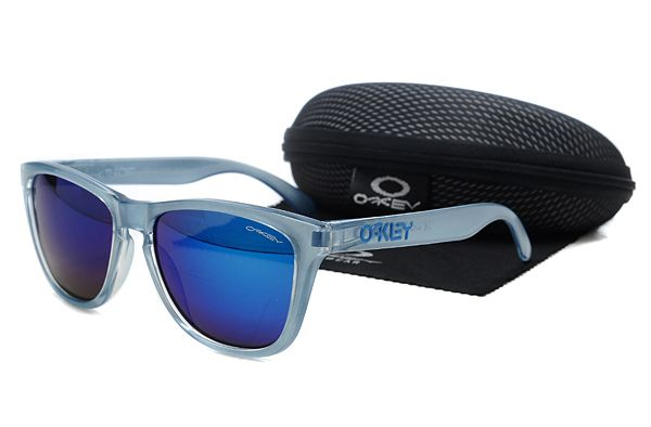 blue frame oakley sunglasses ioro  $1099 Beautiful Oakley Frogskins Sunglasses blue Frame Dark Blue Lens  Private Sale wwwoakleysunglassescheapdeals