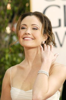 Reiko Aylesworth Is An American Film Television And Stage Actress