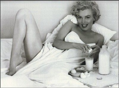 marilyn-monroe-nude-posters-betsy-russell-feet