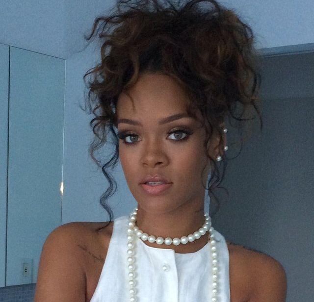Loveblackinc Curly Hair Styles Hair Styles Rihanna