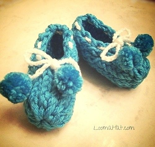 Loom Knit Baby Booties Aged The Picture I Think It Looks Better