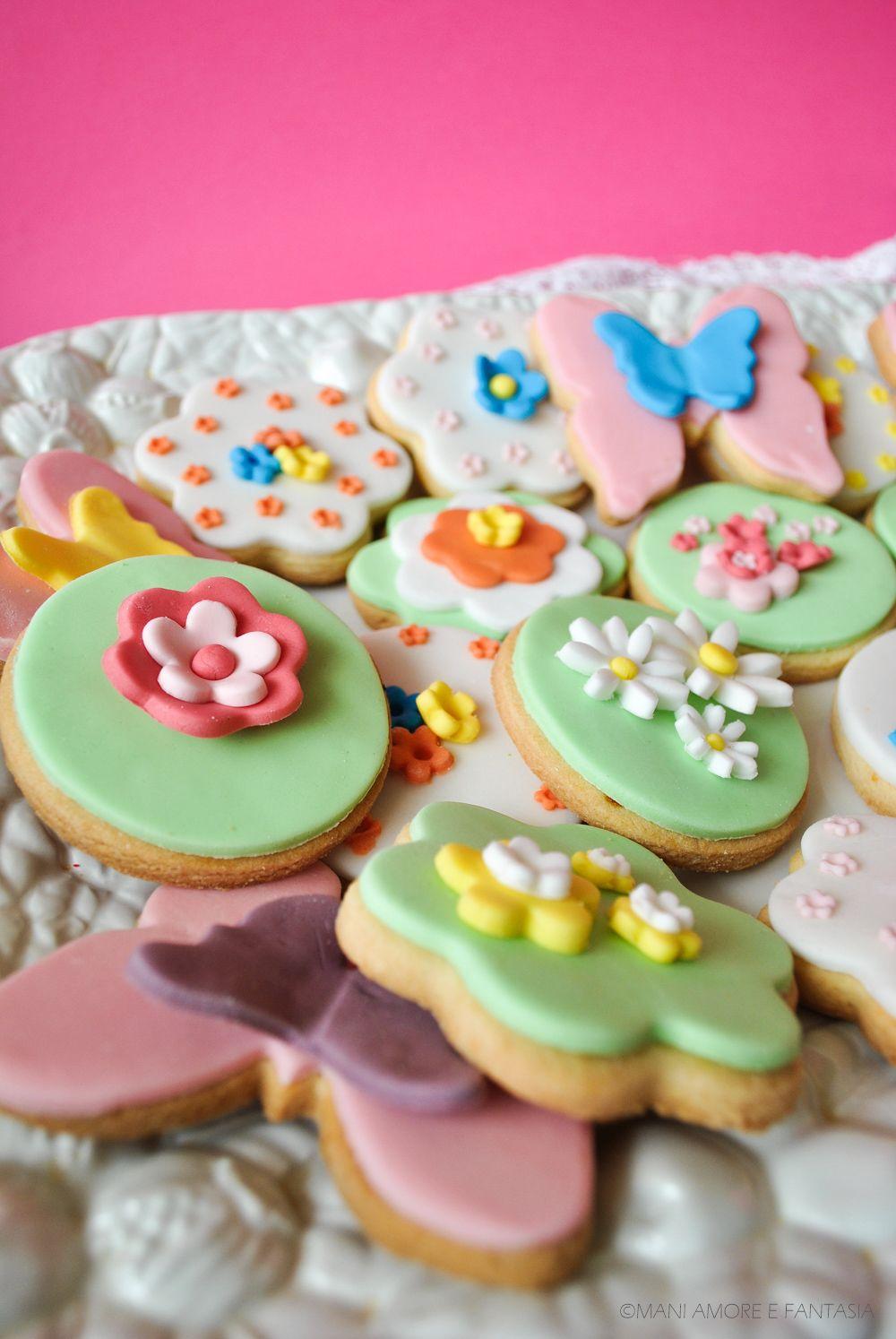 I biscotti decorati primavera sono una ricetta di cake design con pasta