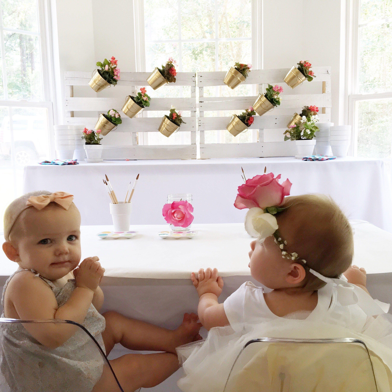 Harpers Floral First Birthday A Kids Life Kids Diys Crafts