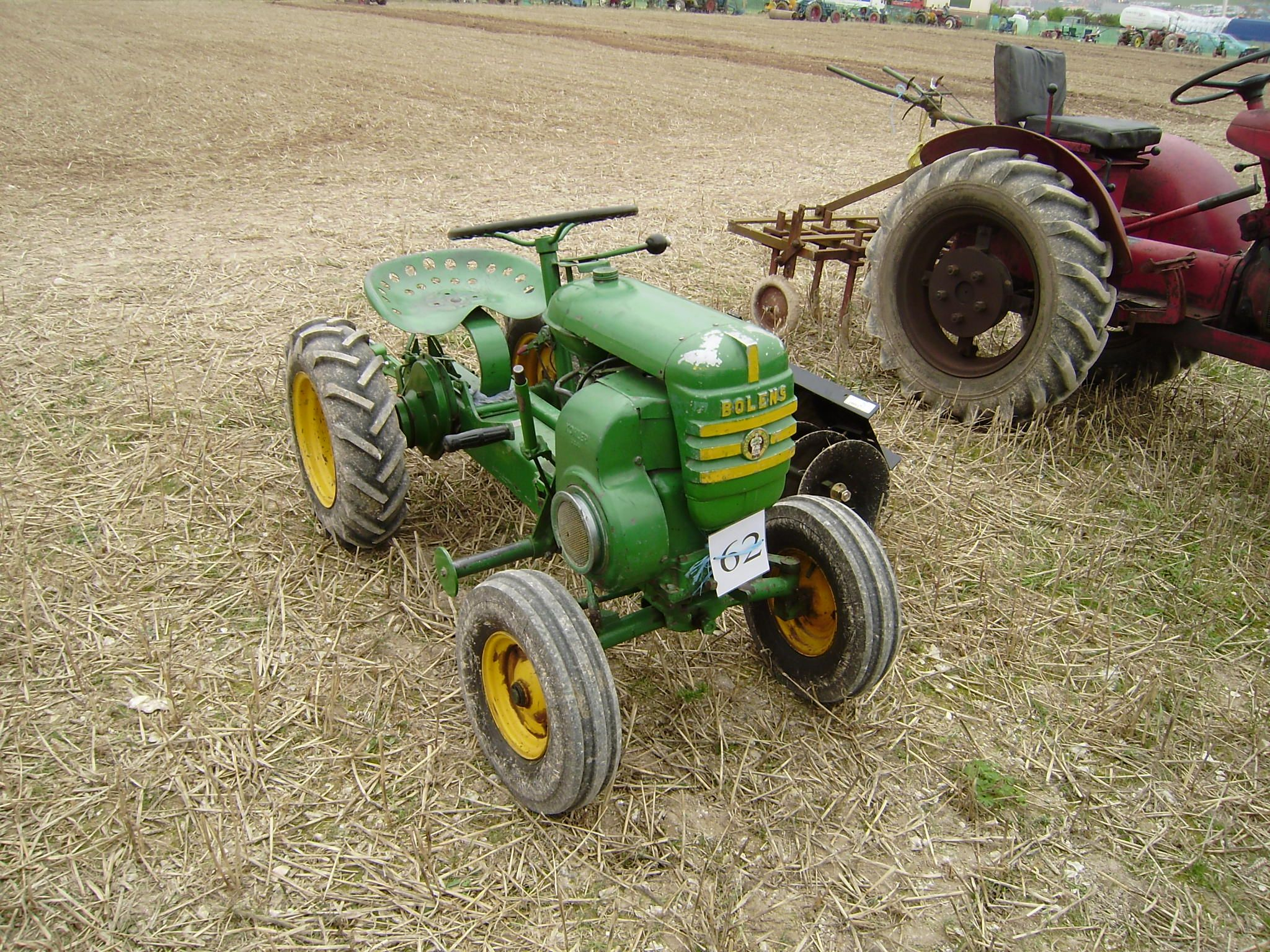 A B Ad B D E Ef E Aa besides A also Bebeb D F Ea E Dca Ccea Ford Tractors Pump besides Tra Rd Funcl furthermore F B E D B F Dcfbe Cd Antique Tractors Vintage Tractors. on old ford tractor attachments