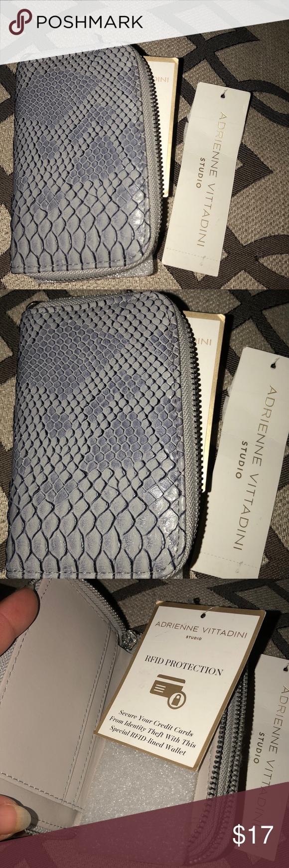 New Adrienne Vittadini Studio Wallet A small dual zip