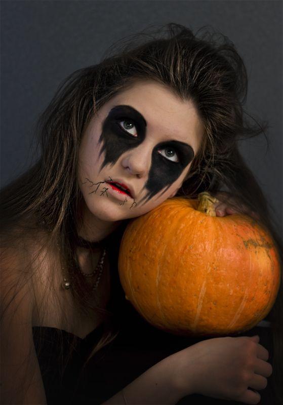 Halloween Eyes Makeup Ideas | Halloween eye makeup, Halloween eyes ...