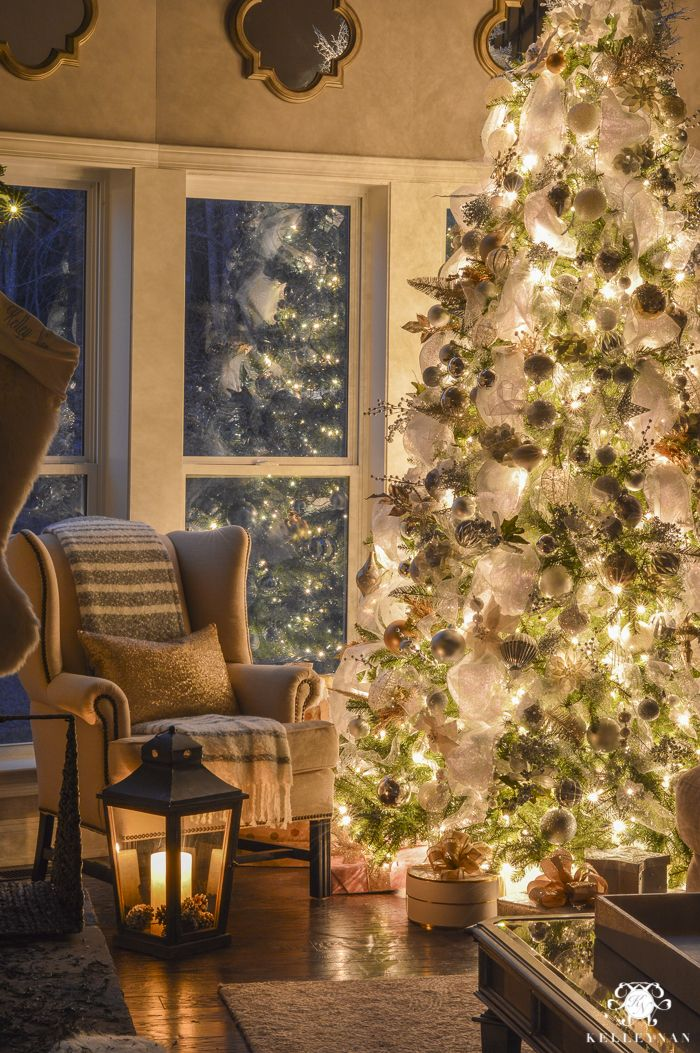 Week Of Christmas Celebrations Holiday Traditions And A Cozy Styled Bar Cart Christmas Living Rooms Christmas