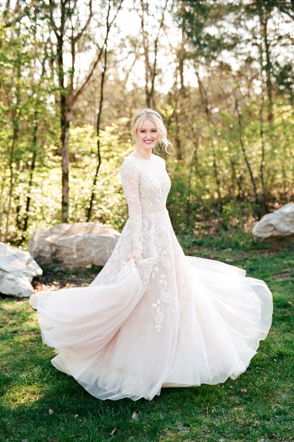 Fairytale Wedding In Nashville Graystone Quarry Wedding Photographer Dream Wedding Dresses Western Wedding Dresses Mermaid Wedding Dress