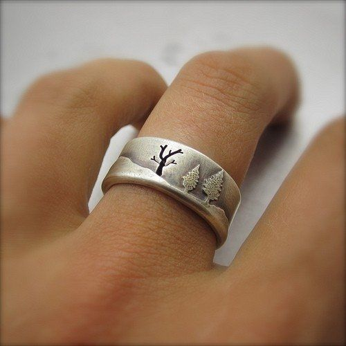 this ring is gorgeous probably not what i want in a wedding ring but - Custom Made Wedding Rings