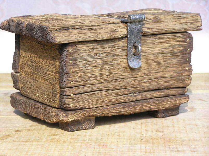 Lovely rustic wooden box. More · Driftwood CraftsDriftwood IdeasWooden ... & Lovely rustic wooden box. u2026 | Pinteresu2026 Aboutintivar.Com