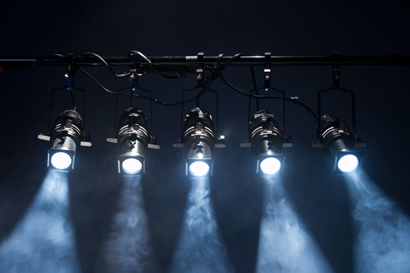 Ellipsoidal light : I will use this instrument mostly and basically during entire performance.
