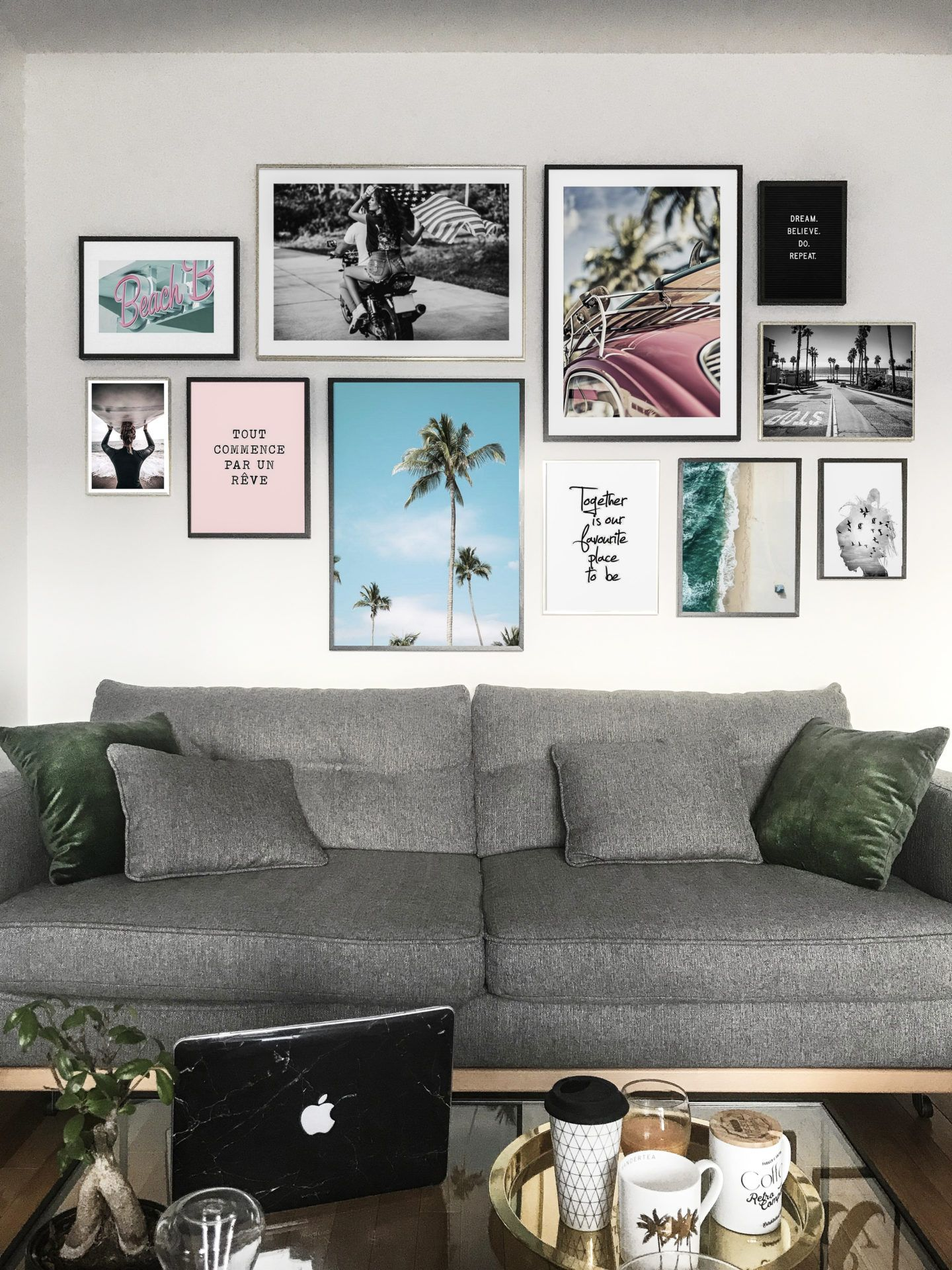mon mur de cadres desenio pour la maison decoration. Black Bedroom Furniture Sets. Home Design Ideas