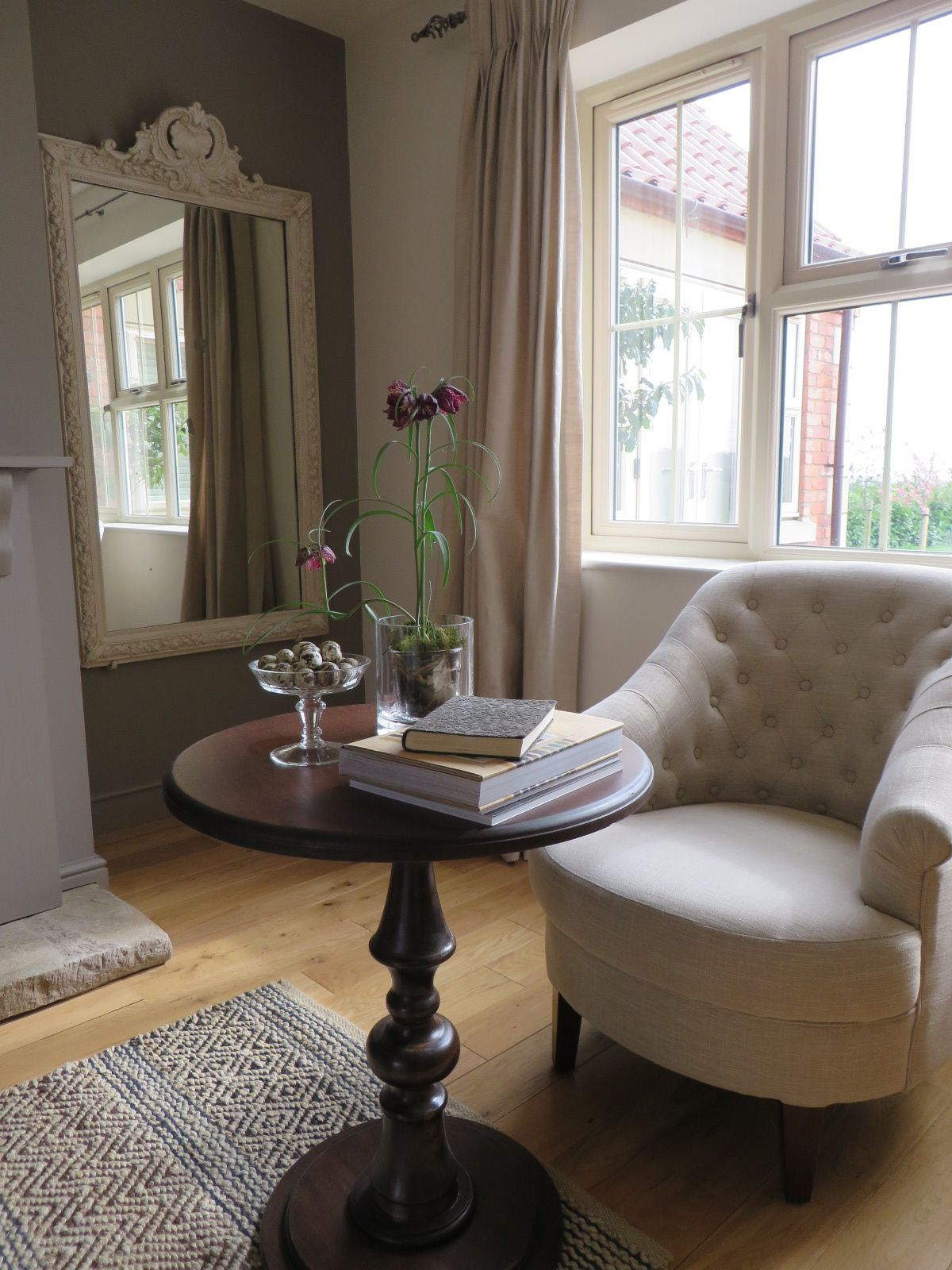 cosy snug armchair from walls farrow ball charleston gray ideas for moms house. Black Bedroom Furniture Sets. Home Design Ideas