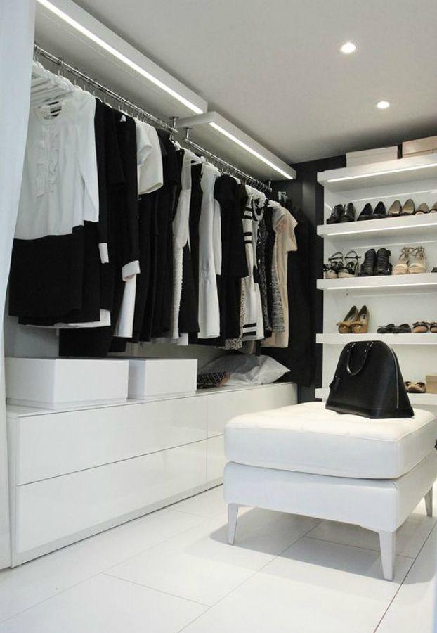 Iluminaci n vestidor vestidores armarios y percheros - Iluminacion interior armarios ...