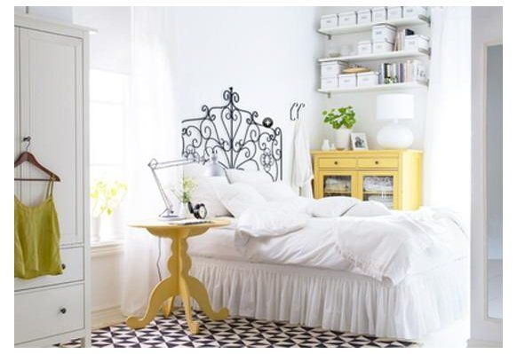 22 Inspiring Small Bedroom Design and Decorating Ideas Small bedroom design and decorating can be easy, quick and interesting #smallbedroominspirations 22 Inspiring Small Bedroom Design and Decorating Ideas Small bedroom design and decorating can be easy, quick and interesting