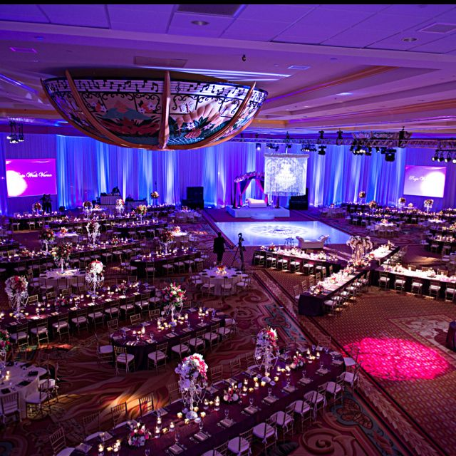 Wedding Reception In Gaylord Hotel Ballroom Beautiful Place To Have A Just Change The