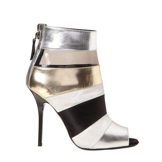 Un calzado muy fashion  http://www.entrebellas.com