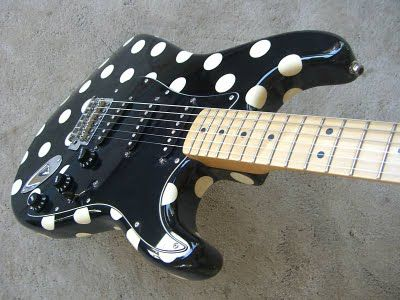 buddy guy polka dot strat dots buddy guy stratocaster guitar guitar. Black Bedroom Furniture Sets. Home Design Ideas