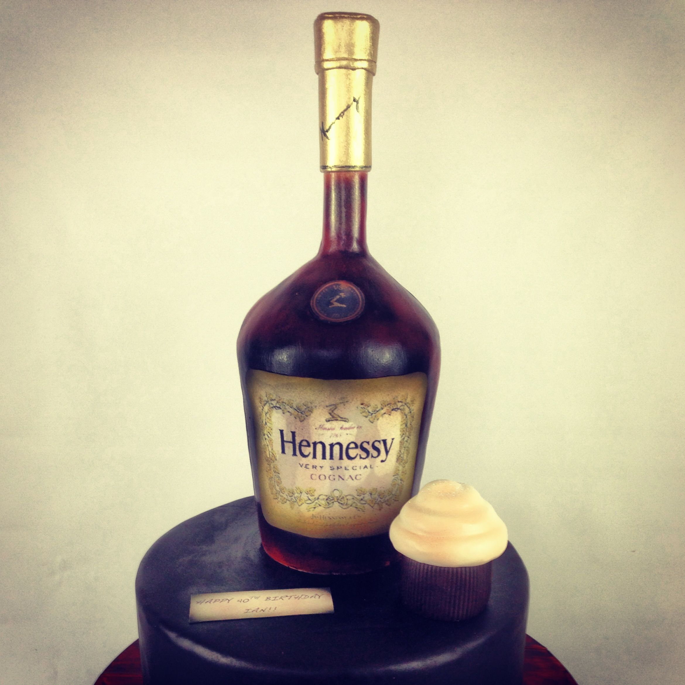Decorated Hennessy Bottle Hennessy Bottle Sculpted Cakelaury Saldana At There Should