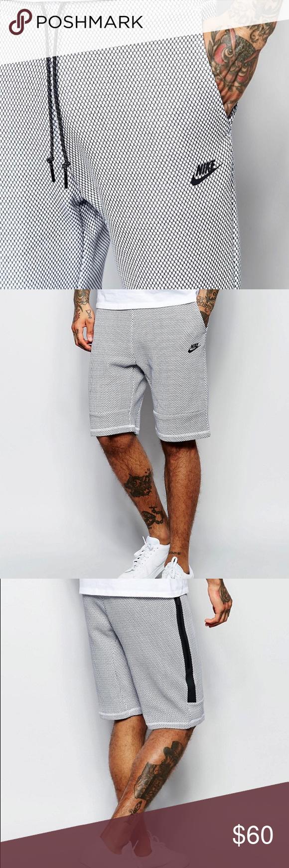 Men's Nike Tech Fleece White/Black Shorts Size S NWT