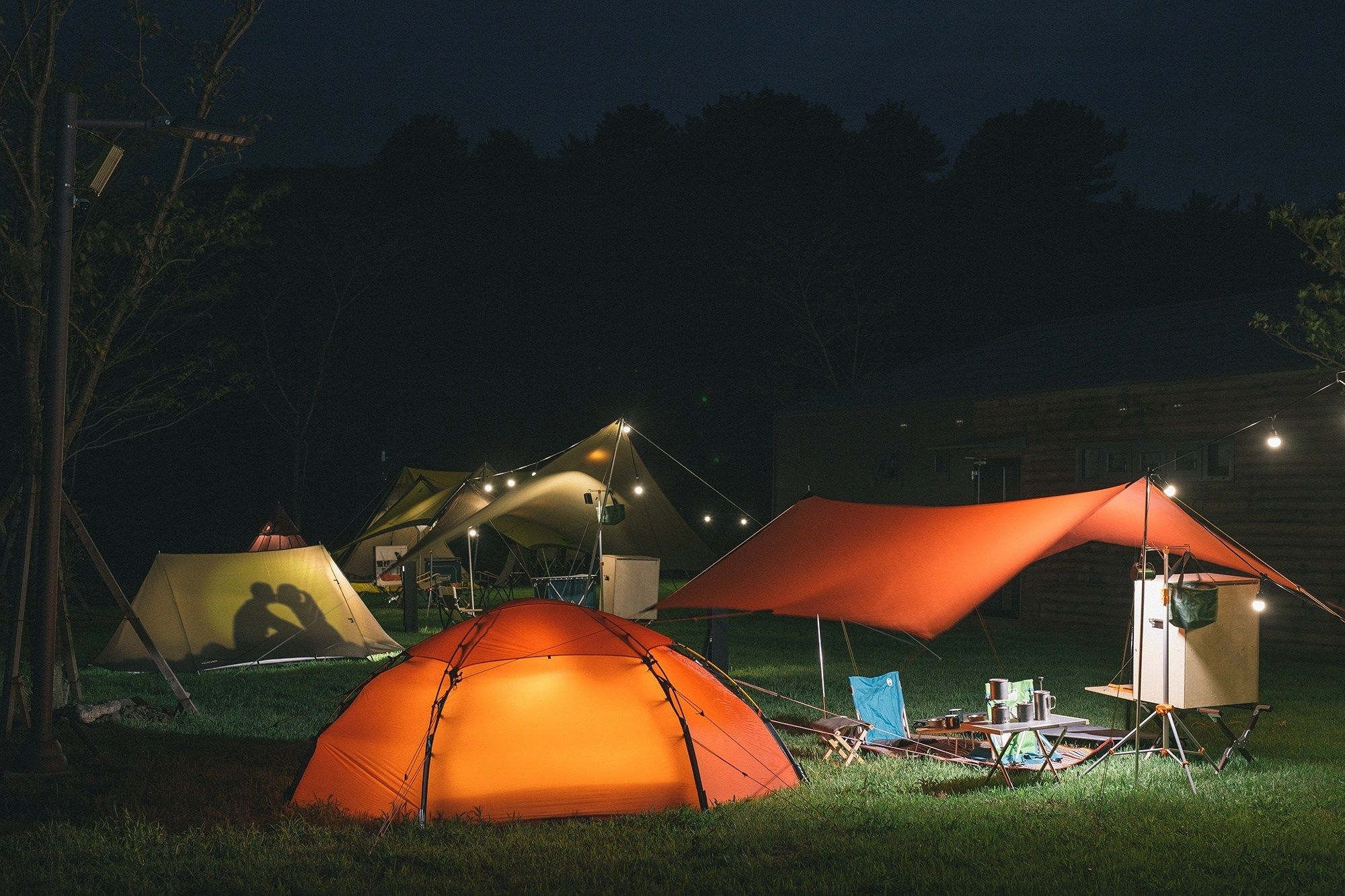 South Korea Offers Glamping At AroundFollie   Cool tents