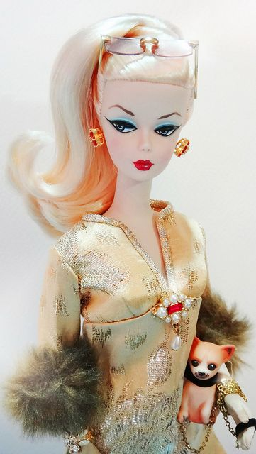 Barbie loira beleza 1000