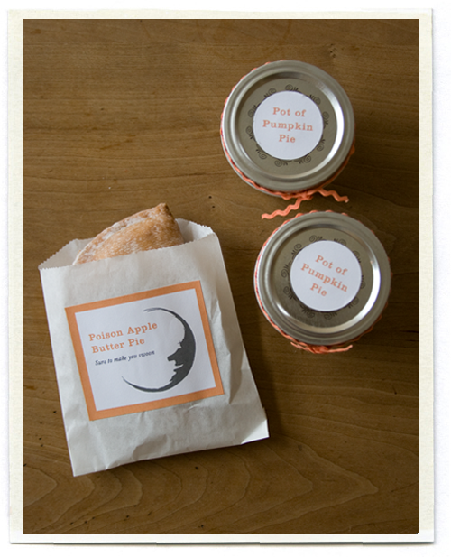 I love the idea of little hand pies to enjoy on the trip home. And those mini pumpkin pies in a jar--genius.
