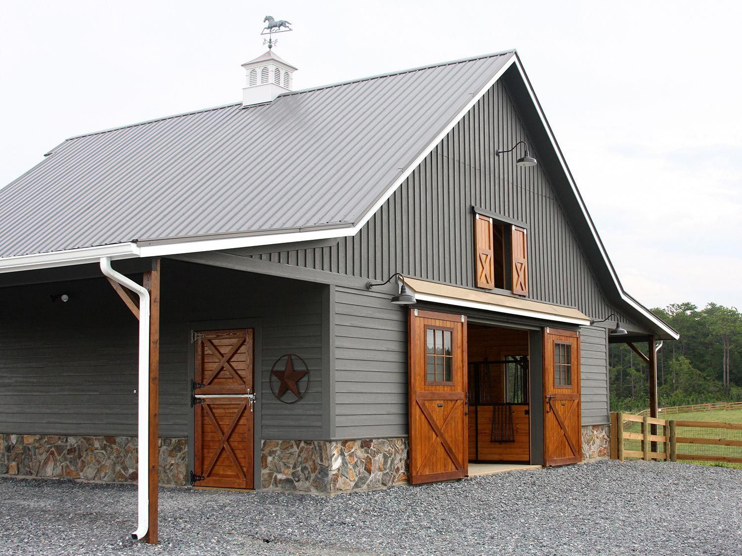 This Garage Door Hardware Is A Very Inspiring And Fantastic Idea Garagedoorhardware With Images Barn Renovation Barn Shop Barn With Living Quarters
