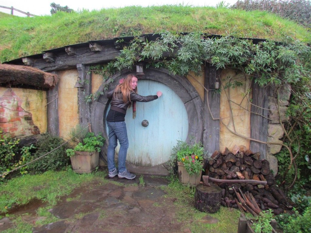 hobbit hole construction - Google Search | House plans | Pinterest ...