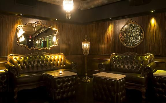 The Parlour Room Of Hollywood With