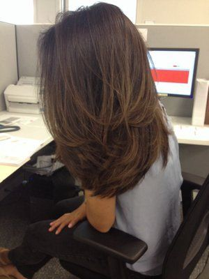 50+ Medium Length Layered Hairstyles You'll Want to Try - Page 28 of 56 - Lead Hairstyles #mediumlengthhaircut