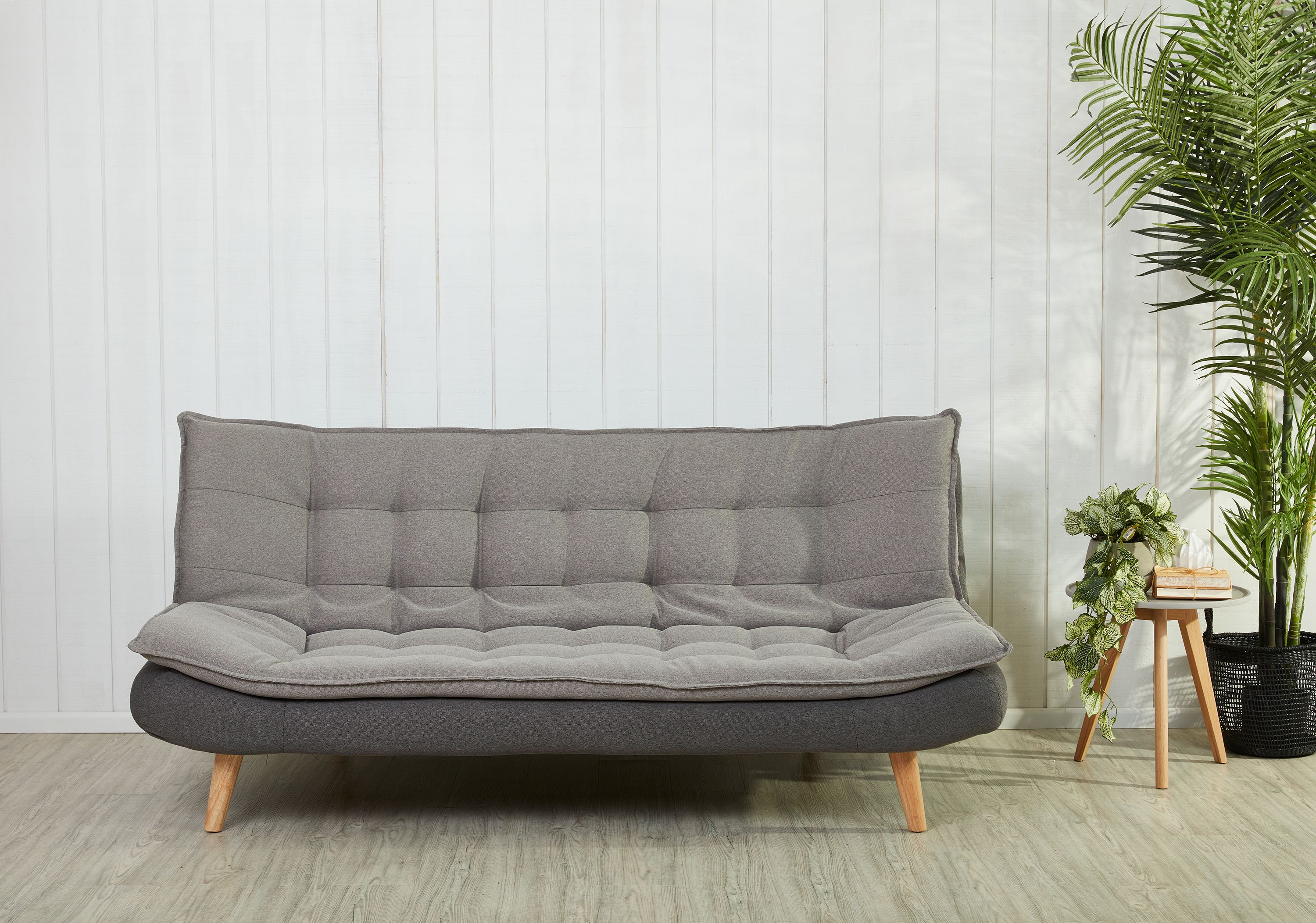 The Gozzano Sofa Bed Is A Modern Alternative To The Traditional Fold Out Sofa Bed The Gozzano Is Just As Comfortable I Stressless Furniture Furniture Sofa Bed
