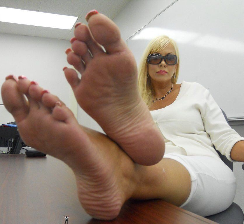 Secretary momma milf