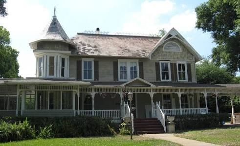 Image Result For Queen Anne Craftsman House House Styles