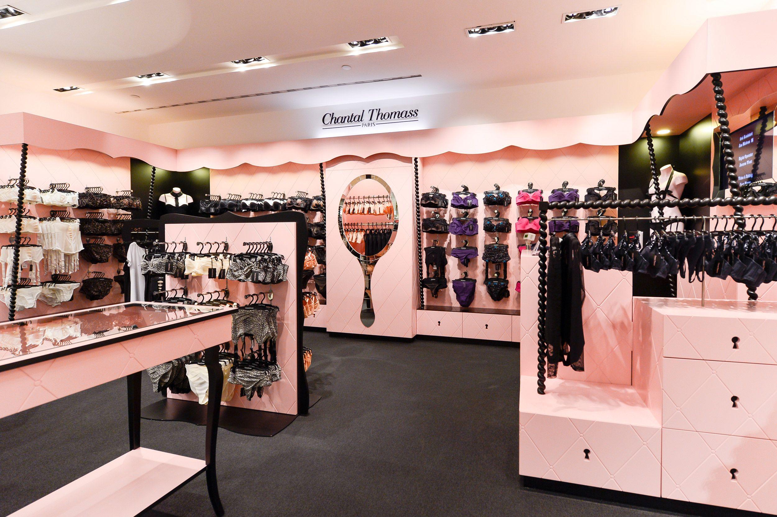 chantal thomass lova lova in 2019 retail store design store design boutique interior. Black Bedroom Furniture Sets. Home Design Ideas