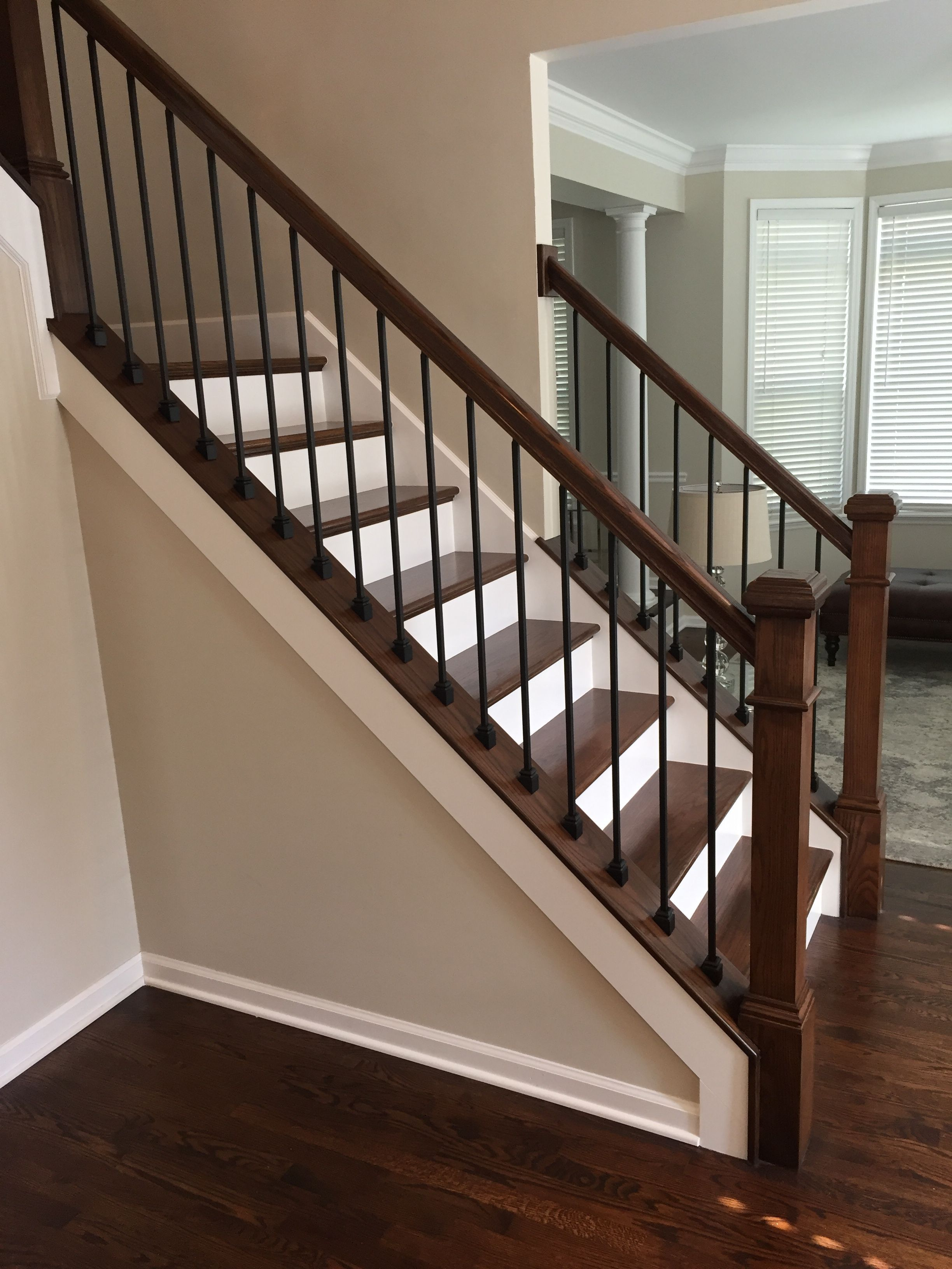 Pin By Georgina Thomson On Villa Linda House Ideas In 2020 Stair Railing Makeover Interior Stair Railing Staircase Makeover