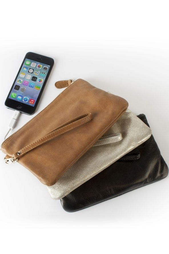 Mighty Purse: Charge on the go!!