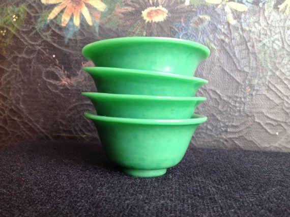 Jade Green Tea Cups Turn of the Century Peking by TresconyAntiques