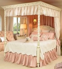 Courtney Full Bed in Linen with Floral Vines Motif