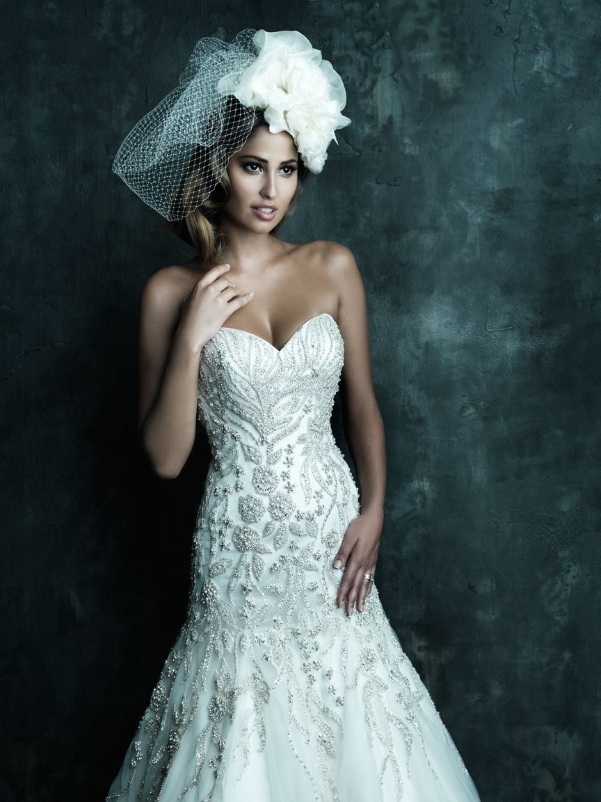Stunning & Intricate Embroidery Along With The Finest Swarovski ...
