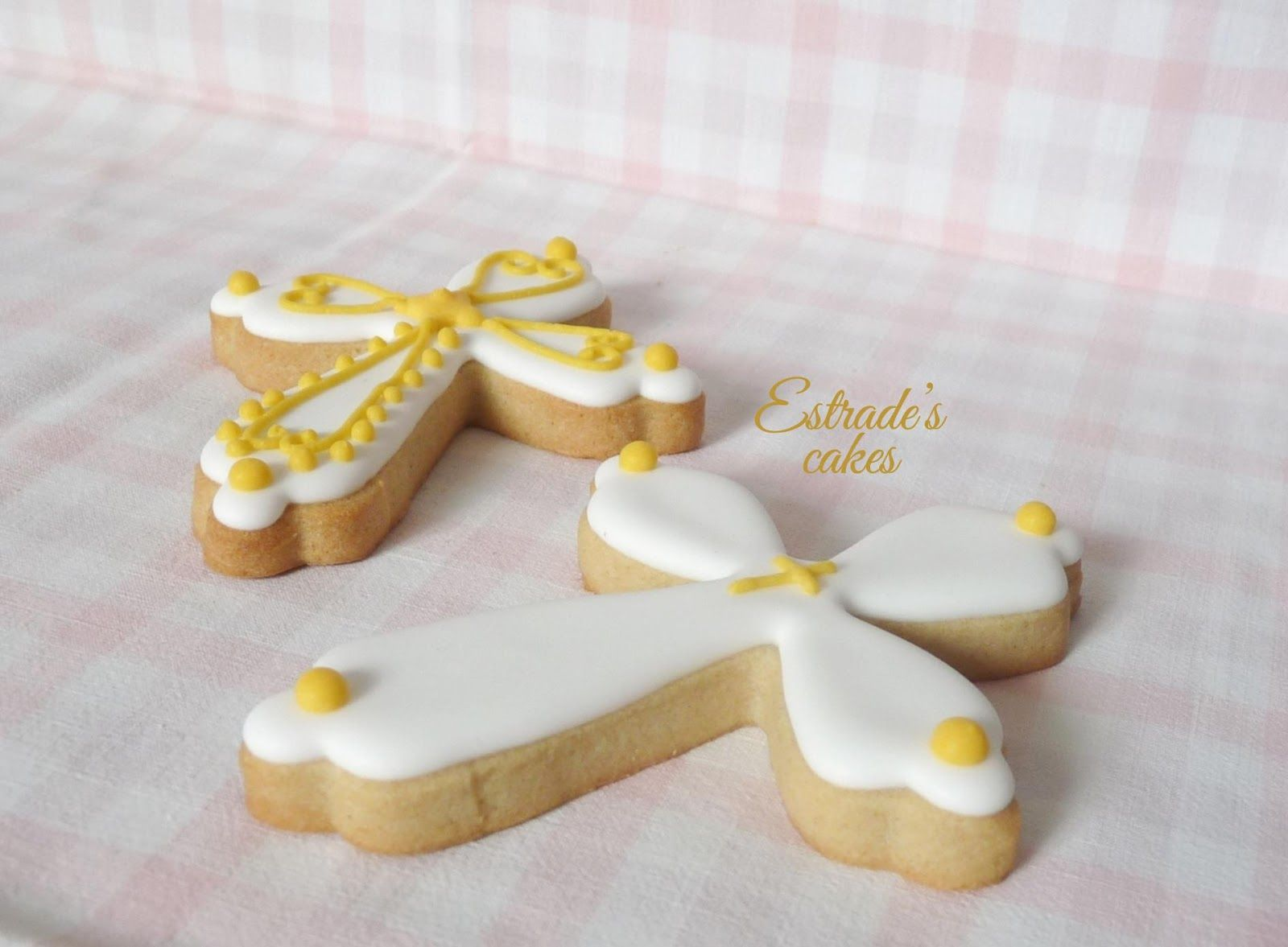 Galletas Decoradas De Comunion Estrade 39s Cakes Galletas De Cruz Decoradas Con Glasa