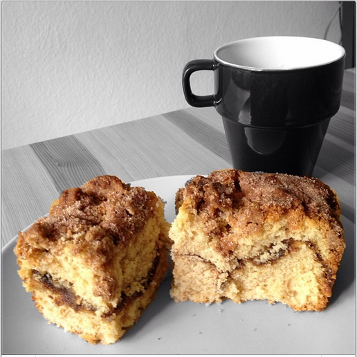 Moist classic coffee cake recipe with thick crumb topping