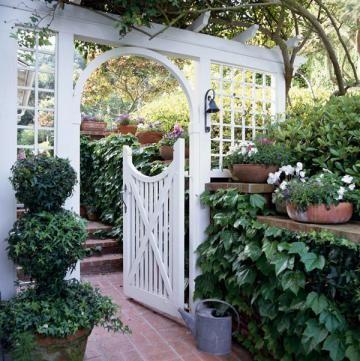 16 gorgeous garden gates   Living the Country Life